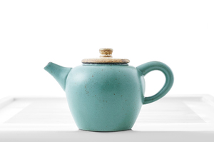 Drop-Shaped Teapot With Bluish-Gray Crackle Glaze